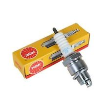 BPR6ES NGK Spark plug - Honda GCV135 and GCV160 engines.