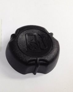 Qualcast XSZ41D Fuel Cap Replaces Part Number 692046
